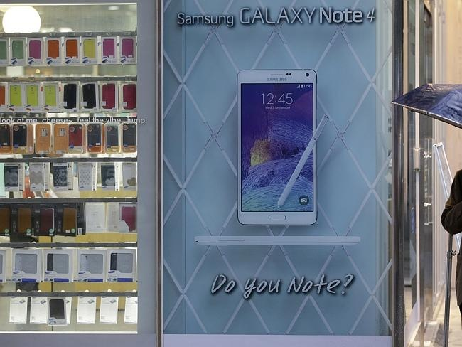 Cau chuyen Samsung: Chiec banh kep giua Apple va Trung Quoc hinh anh 1 Galaxy S là lá cờ đầu trong các dòng smartphone của Samsung.