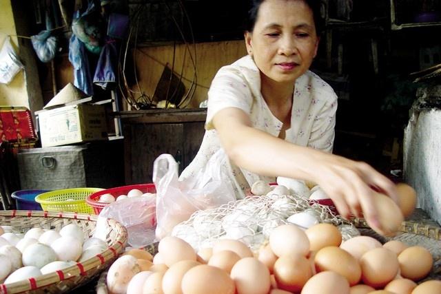 Khi nao trung ga gay doc? hinh anh 1 Trứng gà là loại thực phẩm bổ dưỡng, tuy nhiên nếu ăn quá nhiều sẽ nguy hại cho sức khỏe.