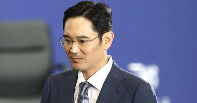 Thieu gia Lee Jae Yong cua dong ho Samsung 'xuat chieu' hinh anh