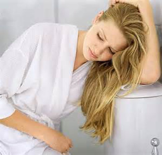 Dau hieu chi em mac benh phu khoa nguy hiem hinh anh 1 Thường xuyên đi tiểu và đau rát. Nếu liên tục phải đi tiểu kèm cảm giác đau đớn thì đây có thể là dấu hiệu của nhiễm trùng đường tiết niệu. Giao hợp dễ làm tăng nguy cơ nhiễm trùng đường tiểu và càng làm đau rát khi đi tiểu. Sex có thể làm tăng nguy cơ nhiễm trùng bàng quang, và nghiêm trọng hơn là gây bệnh viêm bàng quang. Bạn không nên chần chừ, hãy tìm gặp bác sĩ ngay.