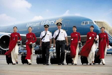 Nhan luong 'trong mo', vi sao nhan vien VNA van 'lam cao'? hinh anh 1 Nhân viên Vietnam Airlines xin nghỉ hàng loạt - Ảnh minh họa.