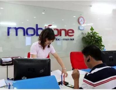VNPT, MobiFone ruc rich 'xa khoi' hinh anh