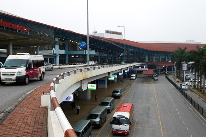 Hai hang bay 'tranh nhau' nha ga hinh anh 1 Nhà ga T1 sân bay quốc tế Nội Bài, Hà Nội.