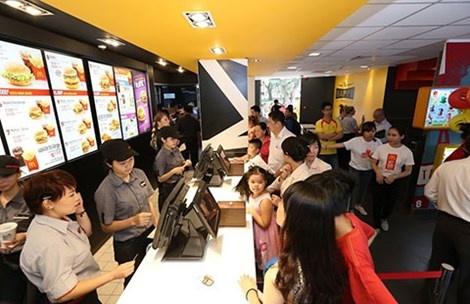 Thi truong fast food: Nha cung cap noi kho chen chan hinh anh