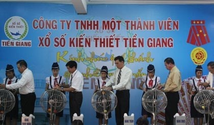 Nhan vien xo so Tien Giang luong hon 30 trieu dong/thang hinh anh 1