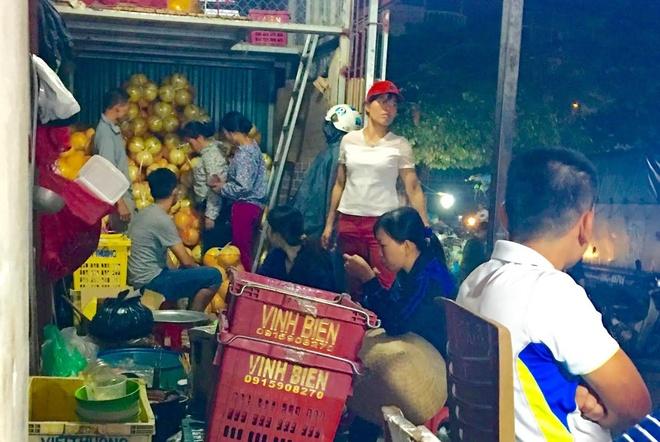 Buoi la vang bong cua Trung Quoc ban day cho o Ha Noi hinh anh 2