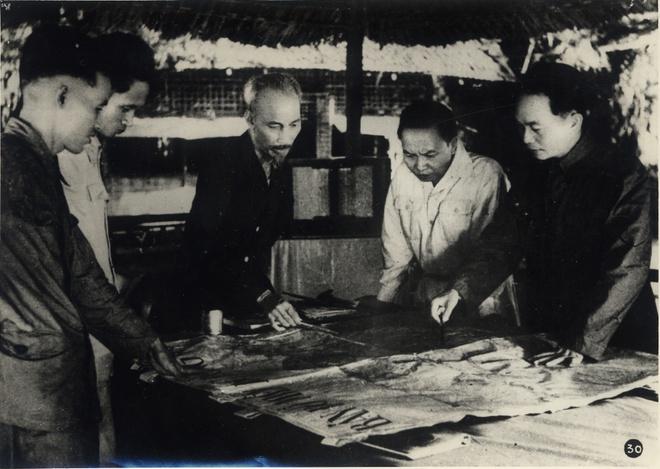 Nhung buc anh hiem ve chien thang Dien Bien Phu nam 1954 hinh anh 1 412.jpg