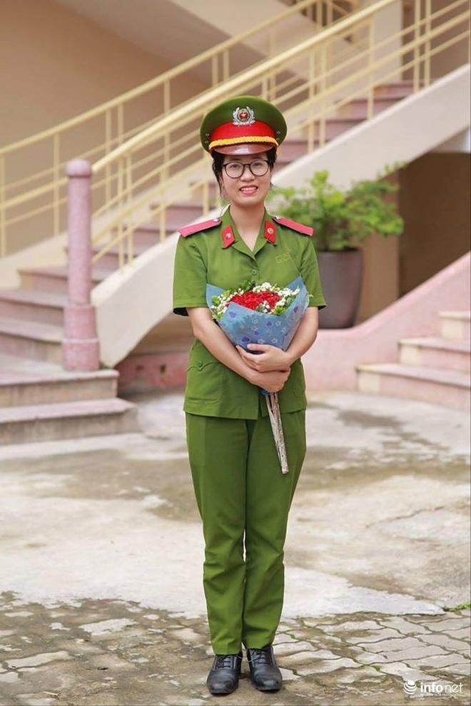 Nu a khoa xinh dep cua DH Phong chay Chua chay hinh anh 2