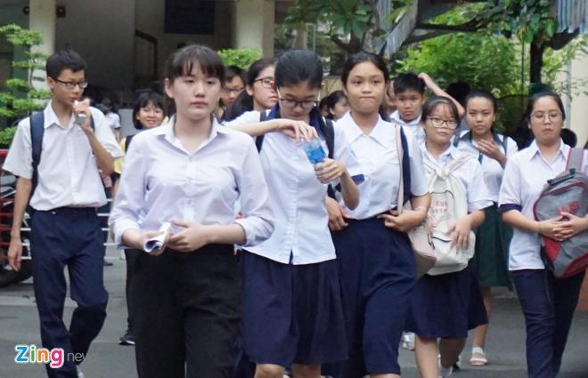 De thi tieng Anh chuyen vao lop 10 truong Pho thong Nang khieu hinh anh