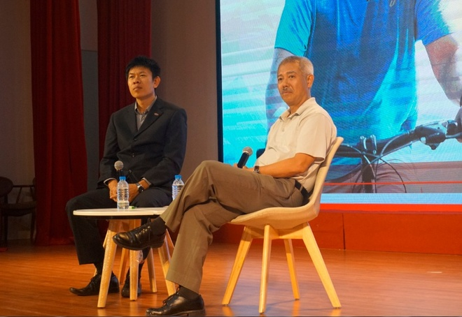 GS Truong Nguyen Thanh: Sinh vien dung chi uoc mo ra truong kiem tien hinh anh 1
