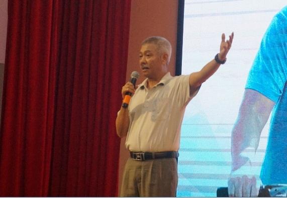 GS Truong Nguyen Thanh: Sinh vien dung chi uoc mo ra truong kiem tien hinh anh