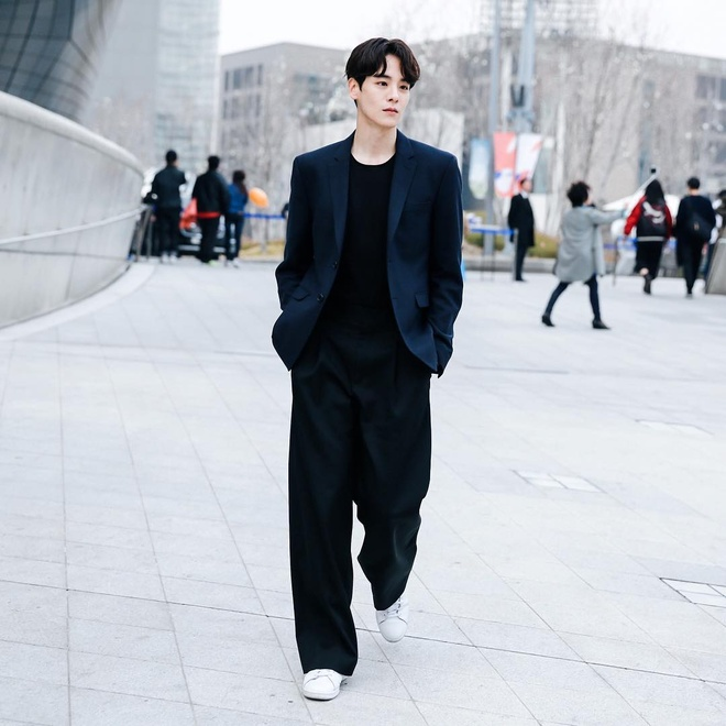 Hot boy Han Quoc cao 1,86 m, dep trai nhu ca si than tuong hinh anh 6
