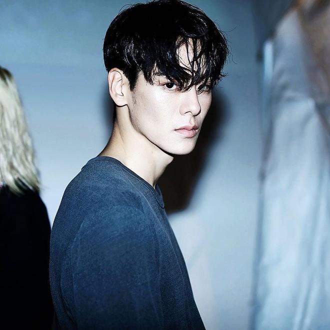 Hot boy Han Quoc cao 1,86 m, dep trai nhu ca si than tuong hinh anh 11