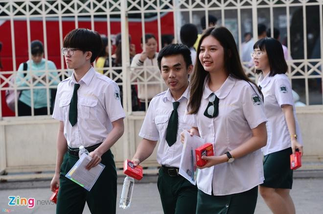DH Sai Gon cong bo diem chuan 2018 hinh anh
