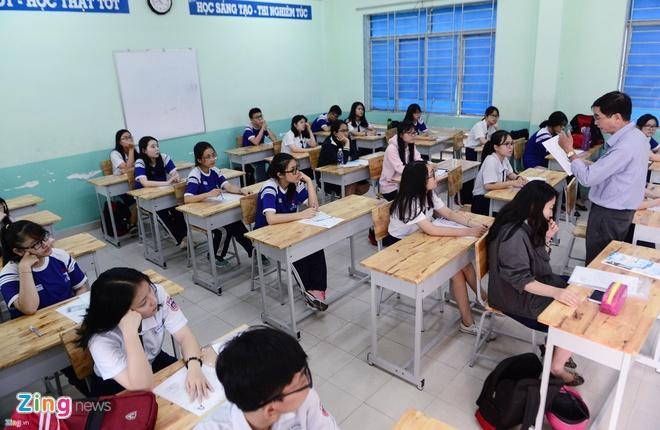 Diem chuan DH Nguyen Tat Thanh tu 15 den 20 hinh anh