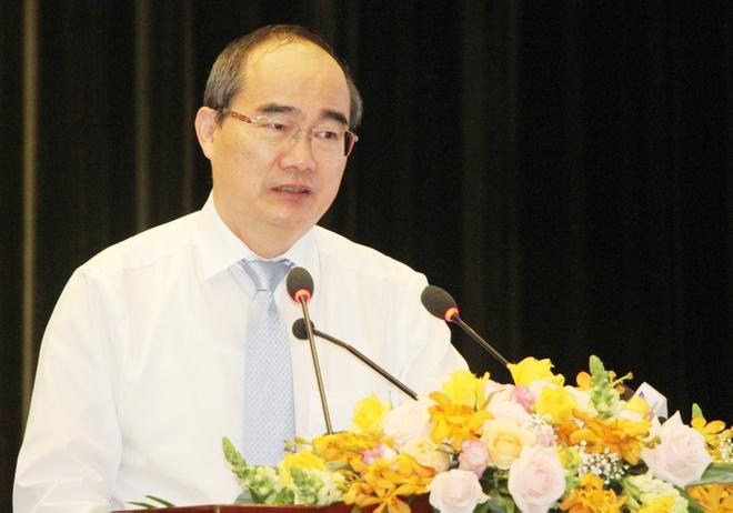 Bi thu Nguyen Thien Nhan: TP.HCM danh 25% ngan sach cho giao duc hinh anh