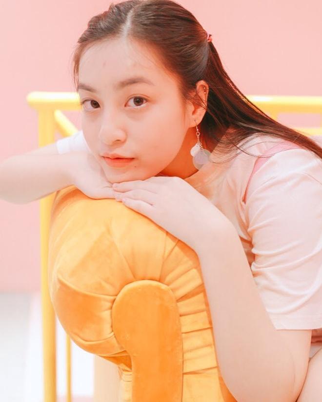 'Hot girl IELTS' Nguyen Lam Thao Tam truong thanh, xinh xan o tuoi 18 hinh anh 5