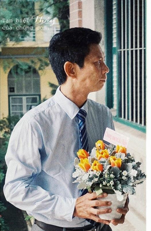 Hoc sinh Sai Gon khoc chia tay hieu truong THPT chuyen Tran Dai Nghia hinh anh 3