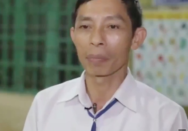 Ngoi truong chi co giao vien nam hinh anh