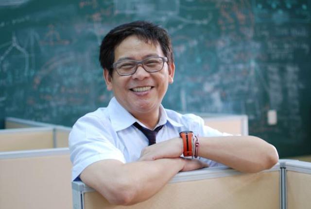 GS Duong Nguyen Vu - 'cha de' 2 chuong trinh dao tao nhan tai xuat sac hinh anh