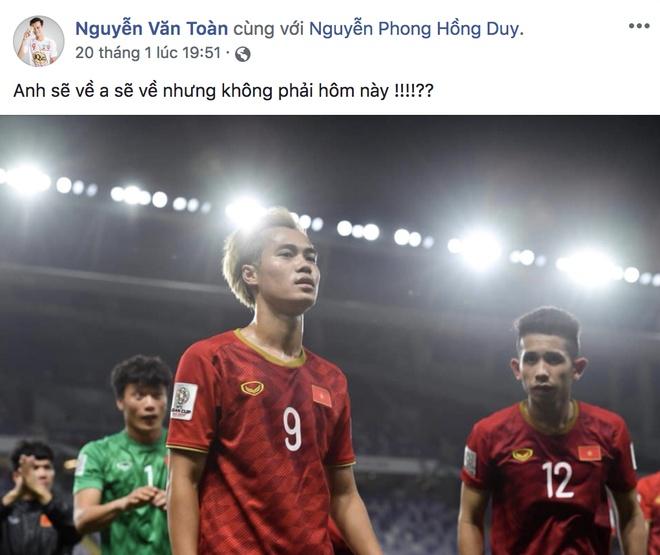 Khoanh khac vui ve, dang yeu cua doi tuyen Viet Nam tai Asian Cup 2019 hinh anh 7
