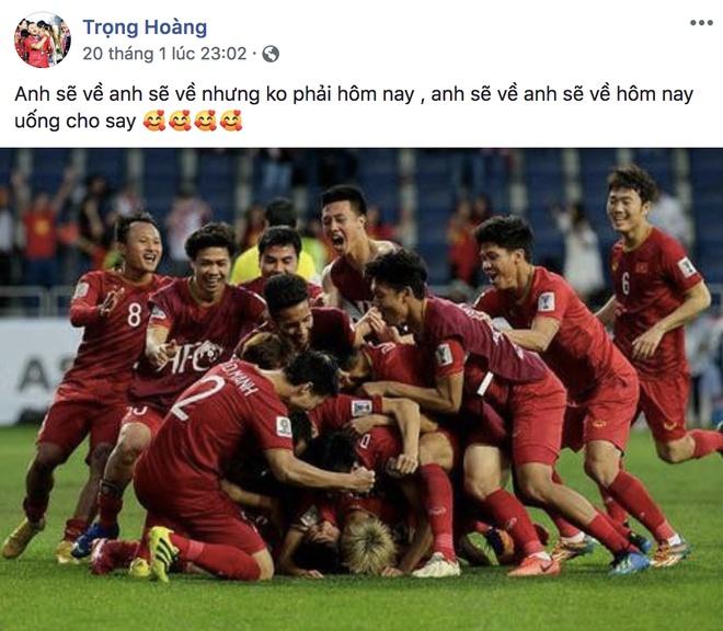 Khoanh khac vui ve, dang yeu cua doi tuyen Viet Nam tai Asian Cup 2019 hinh anh 8