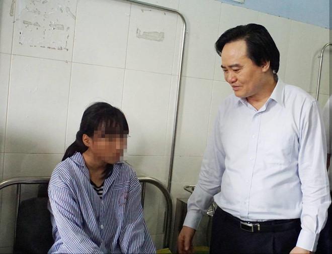 Nu sinh tham gia danh ban o Hung Yen bi doa giet hinh anh 1
