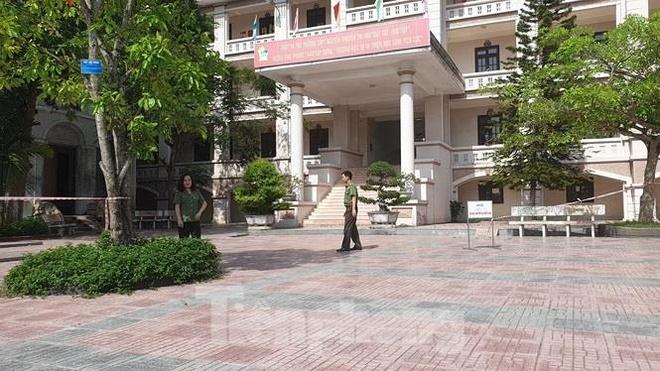 Nam Dinh chiem 8/9 bai thi Ngu van dat diem 9,25 hinh anh 1