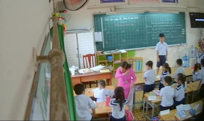 Cô giáo tại TP.HCM đánh, mắng chửi hàng loạt học sinh trong lớp