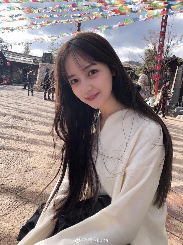 Ban gai Ngo Diec Pham chuong make up suong suong anh 1