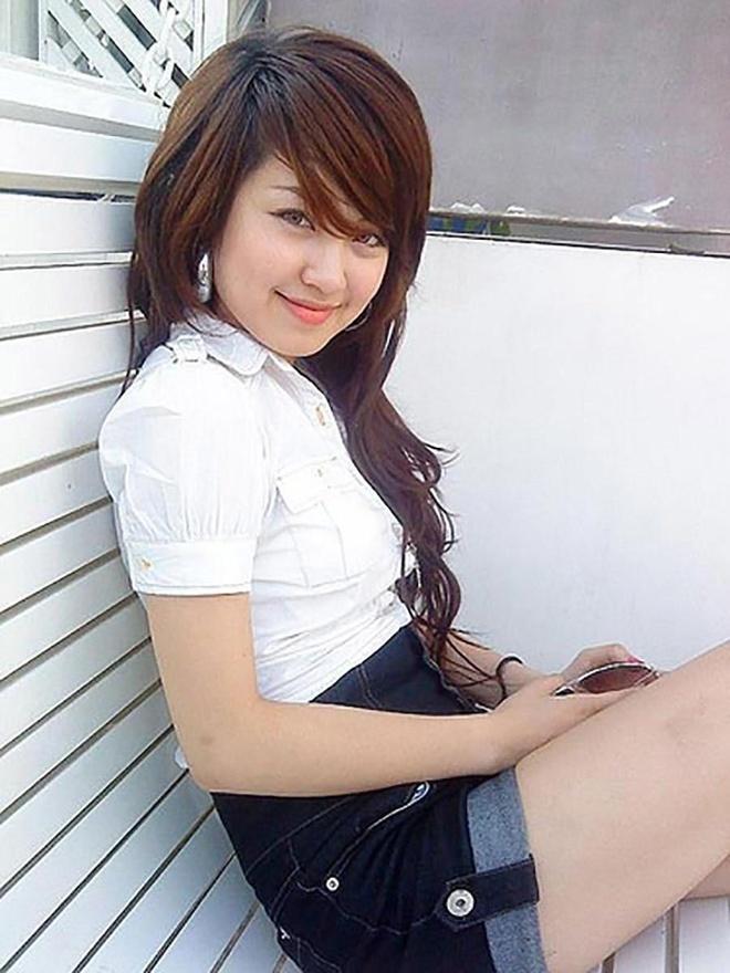 Chau Bui mac ao dai gian di, Quynh Anh Shyn biet ke mat tu thoi di hoc hinh anh 11