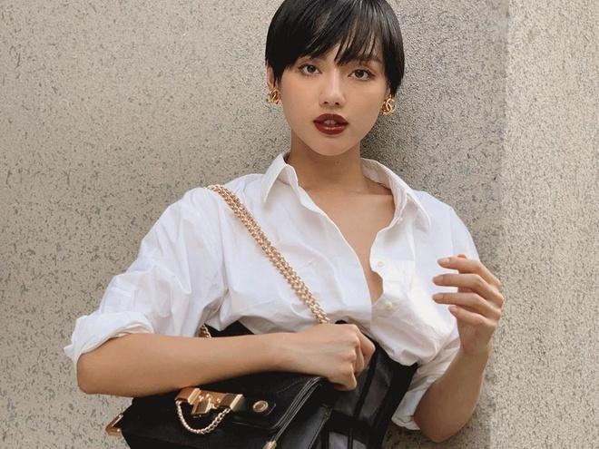 Bo suu tap tui Chanel, Louis Vuitton dat do cua Khanh Linh hinh anh