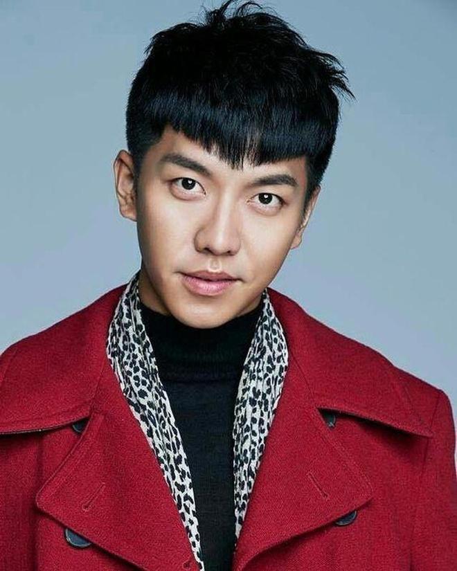 Lee Seung Gi bi nem da voi kieu toc moi anh 3