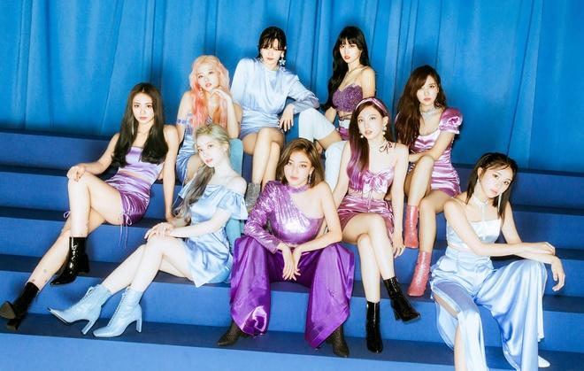 Twice dau tu trang phuc trong MV Feel Special anh 1
