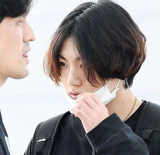 Cung de toc dai: Lee Dong Wook duoc khen dep, Jungkook bi che nu tinh hinh anh 6