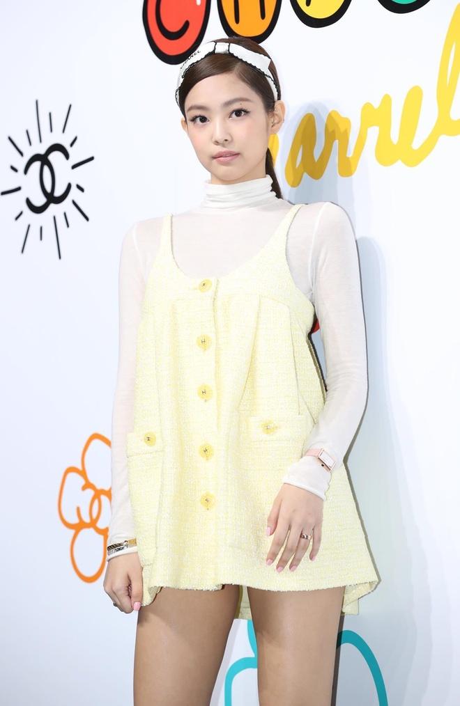 Jennie du Paris Fashion Week anh 4