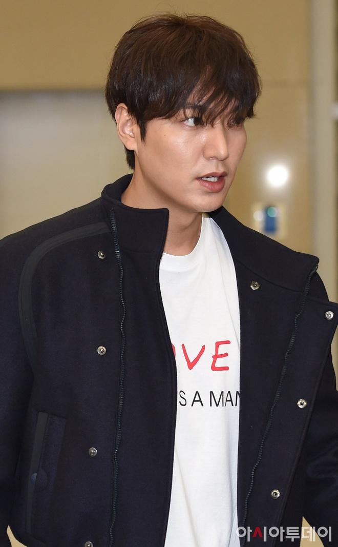 thoi trang san bay cua Lee Min Ho anh 1