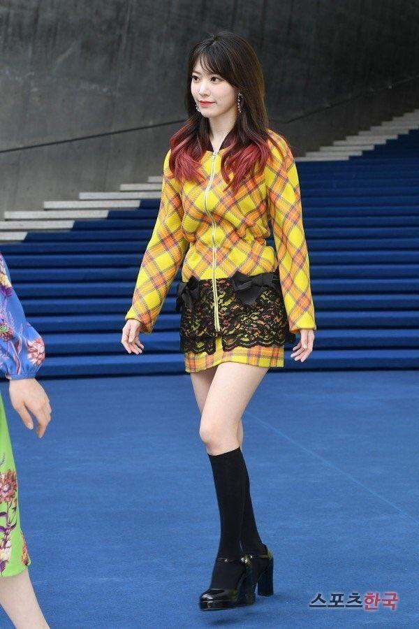 sao Han du Seoul Fashion Week anh 3