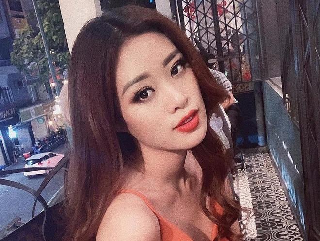Hoa hau Khanh Van khoe voc dang chuan voi bikini hinh anh