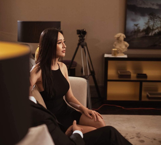 Hoang Thuy dien mot khong noi y, Lan Ngoc mac vay khoe vong mot hinh anh 1 83058952_271514870489480_5881105014834855936_o.jpg