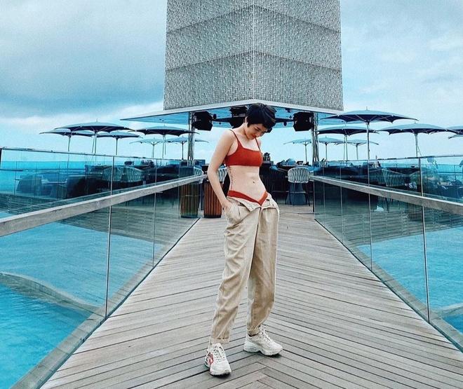 Min dien bikini khoe dang chuan, Minh Hang mac do the thao van sexy hinh anh 3 82867752_853148425137442_6898002935994518070_n_1.jpg