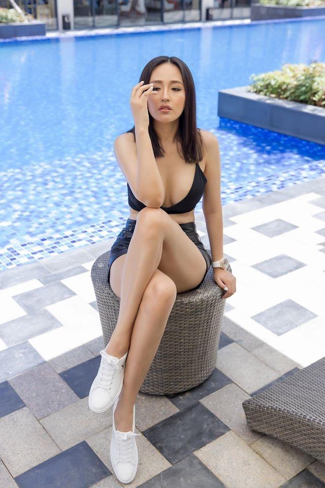 Ha Ho dien mot khong cai khuy, Mai Phuong Thuy mac ao khoe vong mot hinh anh 5 85188194_289603115347322_4118850289421778944_o.jpg
