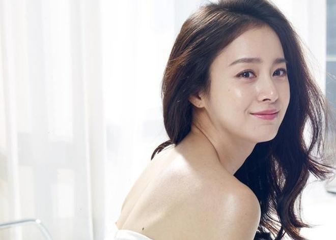Kim Tae Hee cham da the nao de khong bi mun, tre trung o tuoi 39? hinh anh 3 0a4b5be765a48cfad5b5.jpg