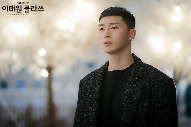 Park Seo Joon dien do ca tinh the nao trong phim 'Itaewon Class' hinh anh 11 89257168_1343689892485223_8872551952701980672_n.jpg