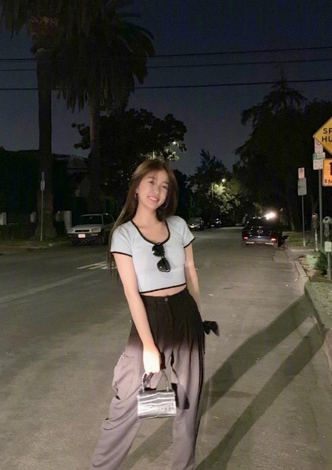 Ngu Thu Han bi phat hien co so thich mac do giong Jennie hinh anh 3 0068mQp7ly1g7zxefan8yj329jcn07wr_copy_1.jpg