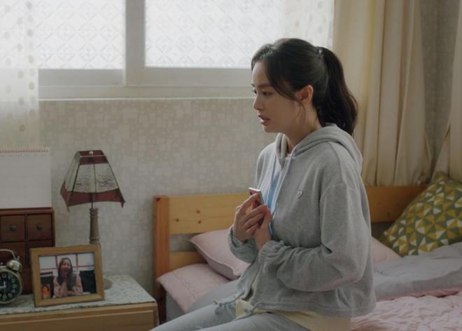 thoi trang cua kim tae hee trong phim anh 6