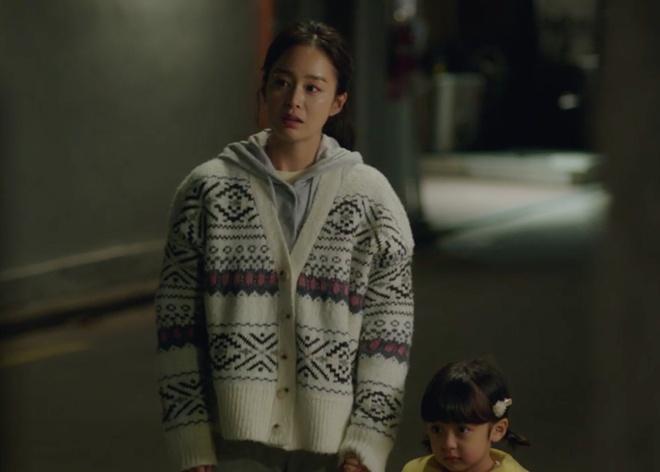 thoi trang cua kim tae hee trong phim anh 7