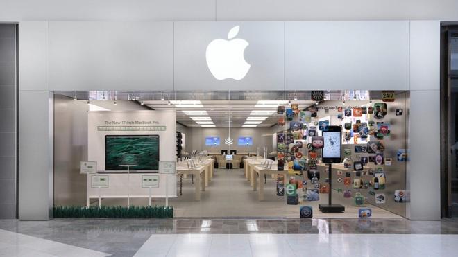 Apple choi bay vu quet khuon mat khach hang tai Store hinh anh 1