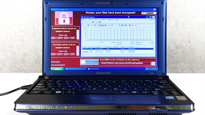 Chiec laptop gom 6 loai virus nguy hiem nhat gia 1,2 trieu USD hinh anh 1