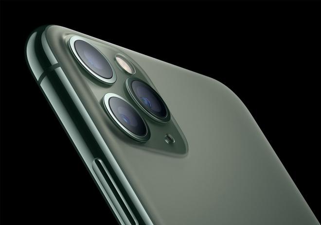 Ly do dang sau thiet ke camera ky cuc cua iPhone 11 Pro hinh anh 1
